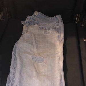 Hollister women's jeans size 3